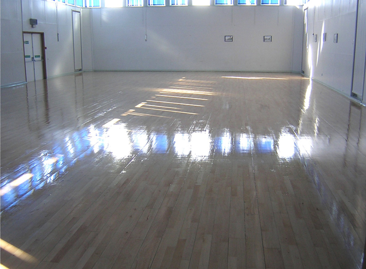 Heavy duty floor paint for concrete and wooden floors